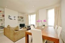 2 bedroom Flat to rent in Agamemnon Road, London...