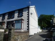 4 bed semi detached house to rent in Allen Street...