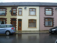2 bedroom Terraced house to rent in Lock Street, Pontypridd...