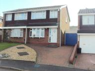 3 bed semi detached house in Westmead Drive, Oldbury