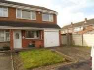3 bed semi detached home to rent in Warwick Gardens...