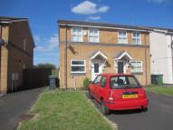 2 bed semi detached house to rent in Waterways Drive, Oldbury