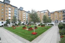 Flat in Prices Court, Cotton Row...