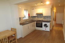 2 bed Ground Flat to rent in Tubbs Rd, NW10 4