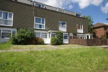 2 bedroom Ground Maisonette for sale in Raven Square, Alton...