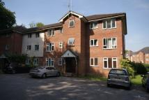 2 bedroom Flat in Dickers Lane, Alton...