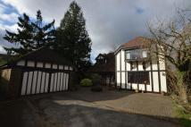 4 bedroom Detached house in The Butts, Alton...