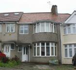 3 bedroom Terraced home in Summit Avenue, Kingsbury...
