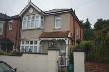 4 bed semi detached house in Cedar Road, Southampton