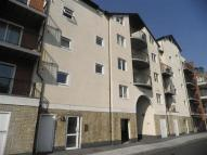 3 bed Apartment in Lower Canal Walk...
