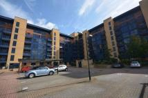 Apartment to rent in Canute Road, Southampton