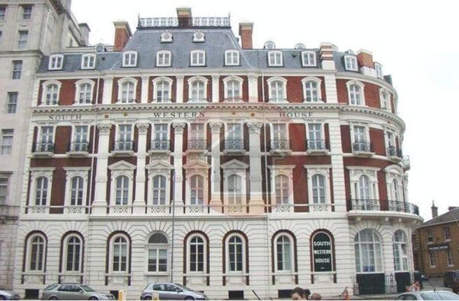 1 Bedroom Property For Sale In South Western House