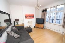 Flat to rent in Norwood Road, Herne Hill...