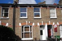 4 bedroom Terraced house to rent in Kirkwood Road, Nunhead...
