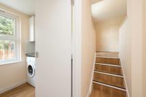 Studio apartment to rent in Lordship Lane, London...