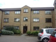 Flat to rent in CROFTON COURT, Bradford...