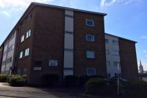 Ground Flat to rent in Elm Court...