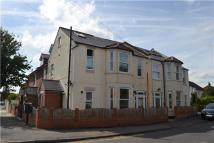 1 bed Flat to rent in Meopham Road, MITCHAM...