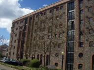 2 bed Flat in Spillers & Bakers...