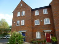 Town House to rent in Beggarwood