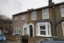 2 bed End of Terrace property to rent in Hicks Street, London, SE8