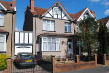 4 bedroom semi detached property to rent in Tennis Road, Knowle...