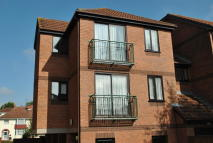 2 bedroom Flat to rent in Beechmount Court...