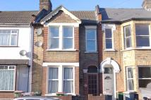 1 bedroom Flat in Bushey Road, London