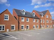 Town House to rent in Lea Place, Gainsborough...