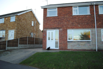 3 bedroom semi detached house to rent in Maple Avenue, Keelby...