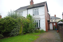 3 bedroom semi detached home in Scartho Road, Scartho...
