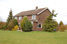 6 bedroom Detached property to rent in Grimsby Road, Caistor...