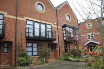WELLOWGATE MEWS Town House to rent