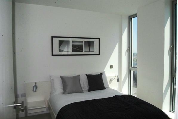 bedroom 2 600