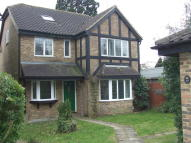 5 bed Detached house to rent in Grenville Way, Stevenage...