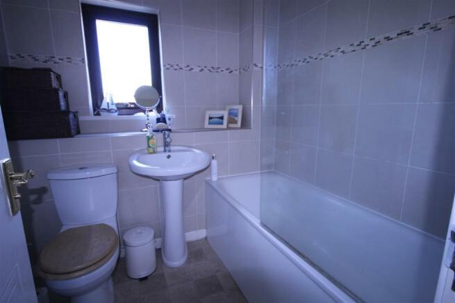 Topcliffe bathroom.j
