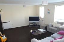 Flat to rent in Byron Court, Hermon Hill...