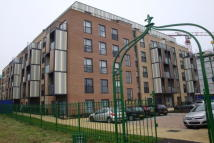 1 bedroom Flat in Wave Court, Romford
