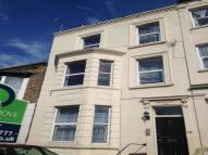 Flat to rent in Godwin Road...