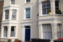 1 bed Flat to rent in Gordon Road...