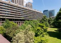 Flat for sale in Defoe House, Barbican...