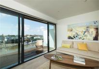 Riverside Wharf Terraced house for sale