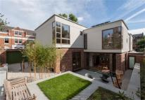 5 bed semi detached property in Grove Park, London, SE5