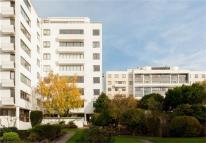 4 bed Apartment for sale in Highpoint II, North Hill...