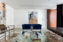 3 bed Terraced house for sale in Tanners Hill, London...