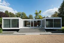 3 bedroom Detached home for sale in Holyport, Berkshire, SL6