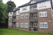 Flat in Worcester Road, SUTTON