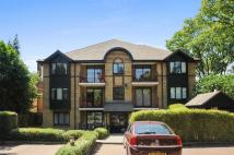 1 bed Flat in The Downsway, Sutton