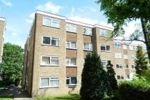 Flat to rent in 2a Carshalton Grove...