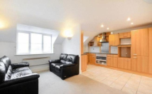 2 bed Flat in Lind Road, Sutton